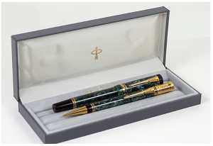 Parker Duofold International Rollerball Pencil Set Close Up